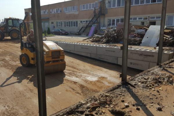 Beton bloki na placu w Białymstoku