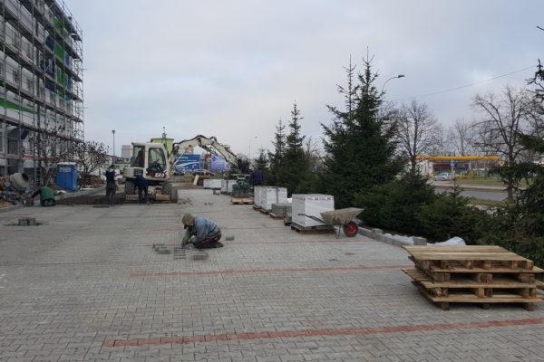 Kostka brukowa z fazką na parkingu Składowa Białystok